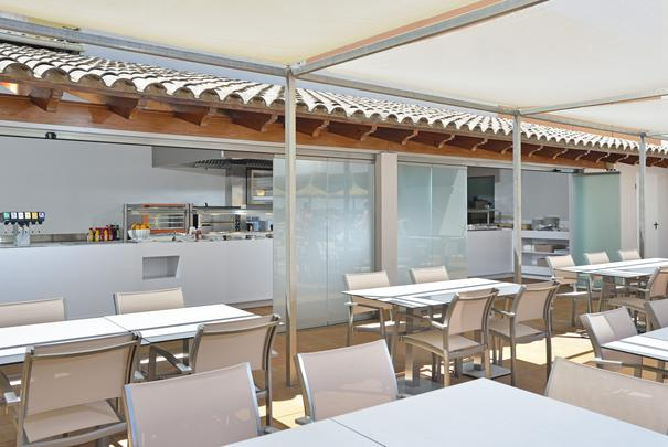 Bar Piscina (Edificio Suites) Alua Hawaii Mallorca & Suites Palmanova, Mallorca